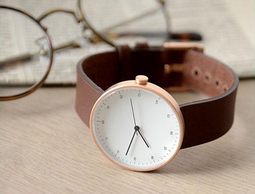 INSTRMNT|インストゥルメント レザー&ラバーストラップリストウォッチ アナログ腕時計・3280