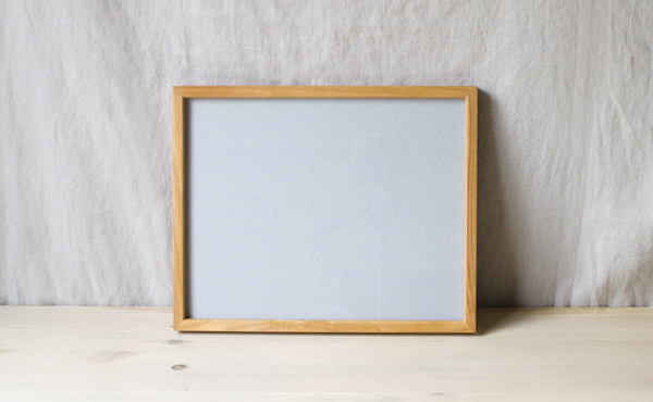 ガラス板とアクリル板とお選び頂けます。(ガラス板のものは在庫限りで終了)