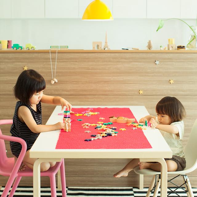 色々な遊び方ができるので、飽きずに長く遊んでもらえるお気に入りのおもちゃになることと思います。