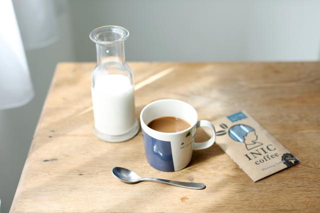暑い夏にはキリっと冷えたアイスコーヒー、寒い冬には心も温まるホットコーヒーを。本格的なコーヒーが、いつでも手軽に楽しめるようにと誕生したドリップパウダー「INIC coffee(イニックコーヒー)」。