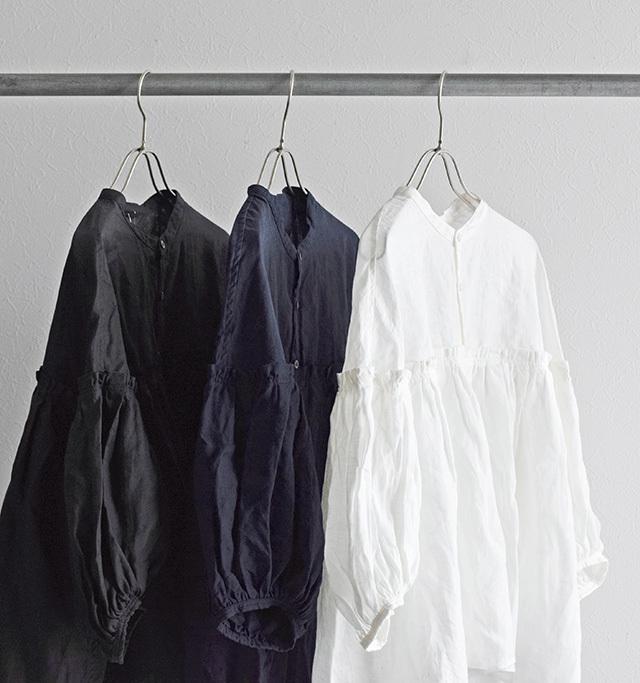 今回は特に人気のあるお色 【オフホワイト】 【ブラック】の 2色を再生産です。  ※ネイビーは今回ございません。