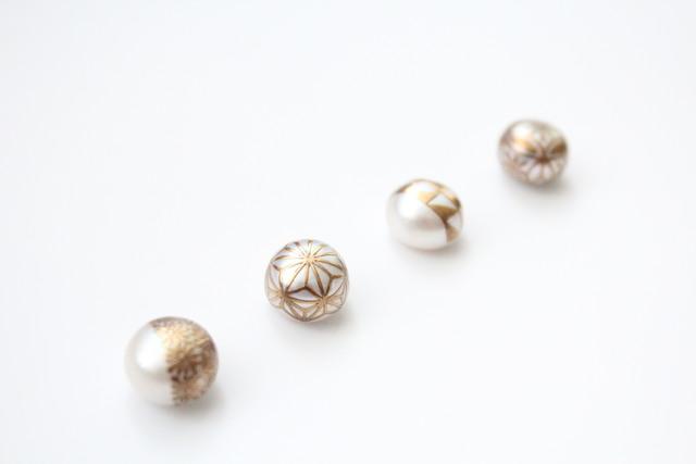日本を代表する蒔絵(まきえ)を真珠に施した MAKIEパール