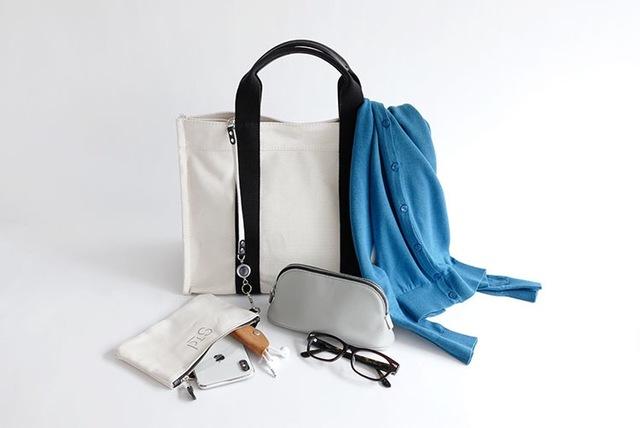 Mサイズは日常使いにちょうど良いサイズ感。  お弁当箱もすっぽり収まるので、通勤用のバッグとしてもおすすめです。