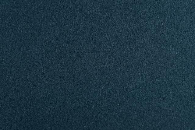 しっとり落ち着いた深みのあるカラーのスモーキーブルー。馴染みのよい深いブルーでお部屋の印象をぐっと変えてくれますよ。